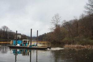 Moray hydraulic dredge on Lake Elkhorn